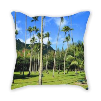 almofada decorativa com estampa de paisagem