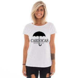 Camiseta feminina com estampa Cariocas não gostam de chuva