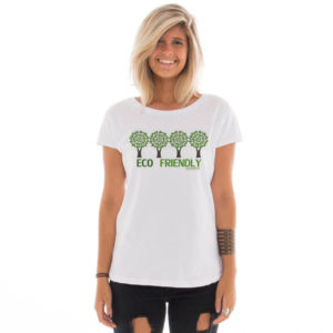 Camiseta feminina com estampa Eco Friendly model 3