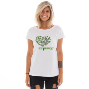 Camiseta feminina com estampa Eco Friendly model 4