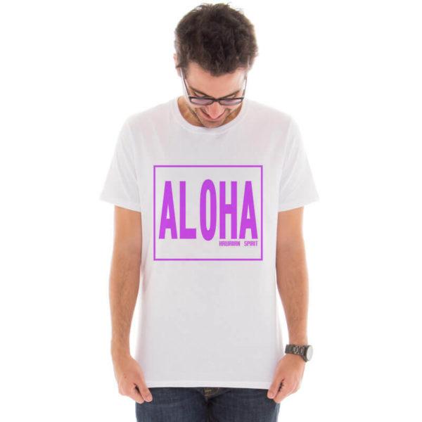 Camiseta masculina com a estampa Aloha Spirit