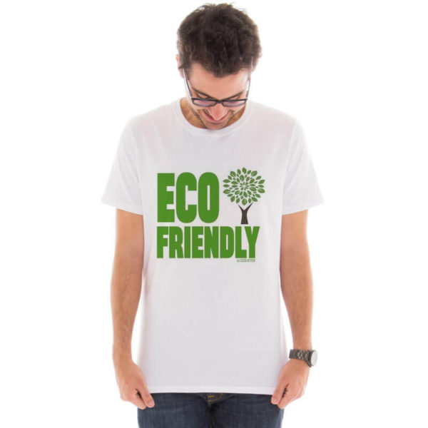Camiseta masculina com a estampa Eco Friendly modelo 2