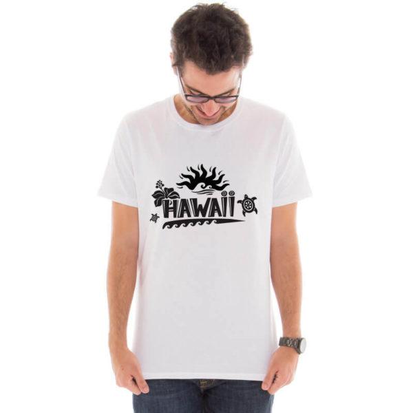 Camiseta masculina com estampa hawaii